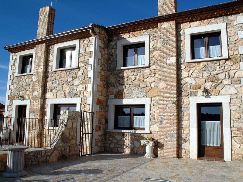 Casa para 9 o 18 personas El Mirador de Álvaro, holiday rental in San Miguel de Bernuy