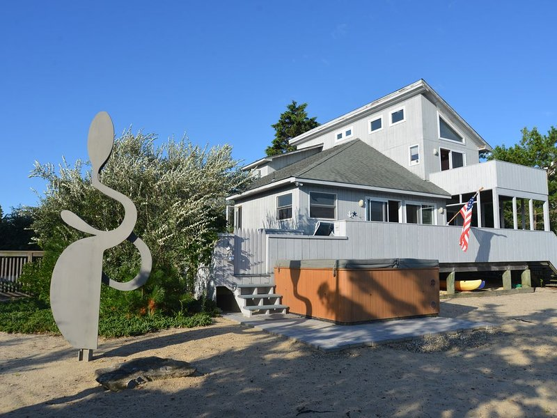 Easy access to beach and bay, holiday rental in Barnegat Light