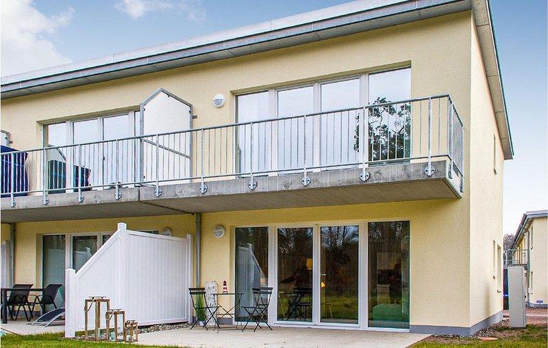 2 Zimmer Unterkunft in Graaal Müritz, holiday rental in Klockenhagen