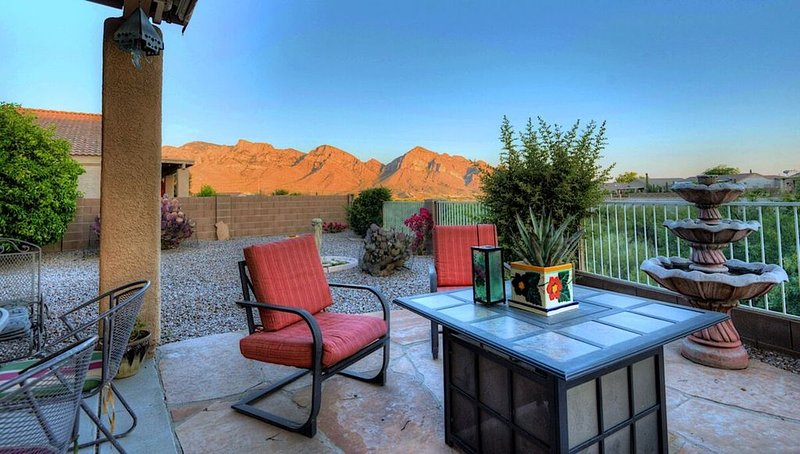 *SANITIZED* Mountain Calling spectacular views/ Spacious 3 BR Home/ Oro Valley/, alquiler de vacaciones en Oro Valley