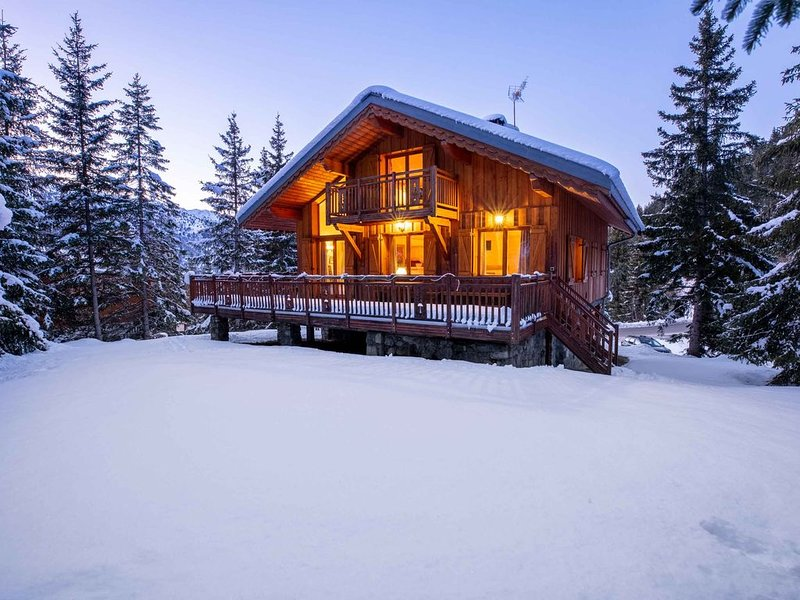 Chalet Le France, situé juste au dessus du quartier Altitude 1600, 8-10pers, holiday rental in Meribel
