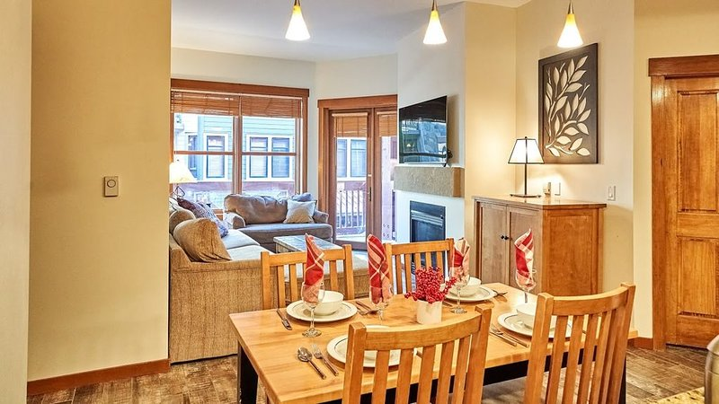 Ski In, Ski out, Renovated,  Well Stocked, Luxurious Condo at Copper One..., alquiler vacacional en Copper Mountain