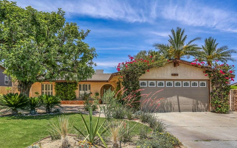Pool House for Nature Lovers, holiday rental in Cathedral City