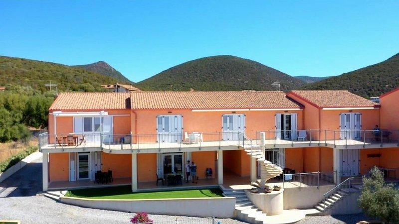 Ferienwohnung im Erdgeschoss mit privater Terrasse, ein Schlafzimmer, casa vacanza a Villarios