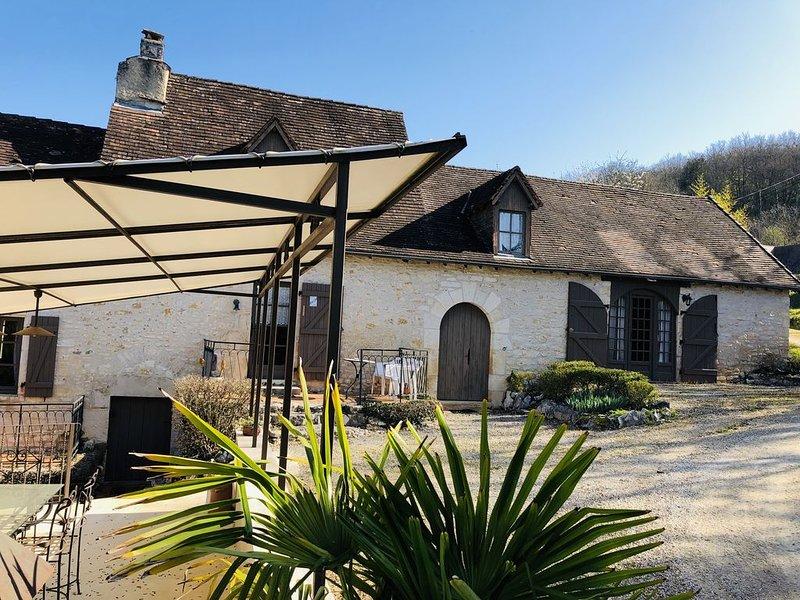 Maison de vacances de avec piscine chauffée près de Sarlat, location de vacances à Orliaguet