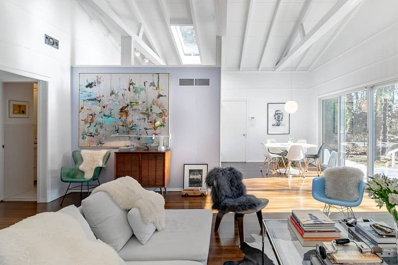 Cool Hamptons Home minutes from Southampton Village. US Open '18 still available, Ferienwohnung in Southampton