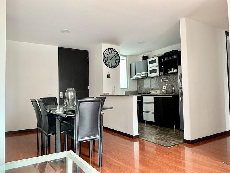 ✨ UNBEATEABLE AND MODERN APARTMENT CEDRITOS ��, alquiler de vacaciones en Cajicá