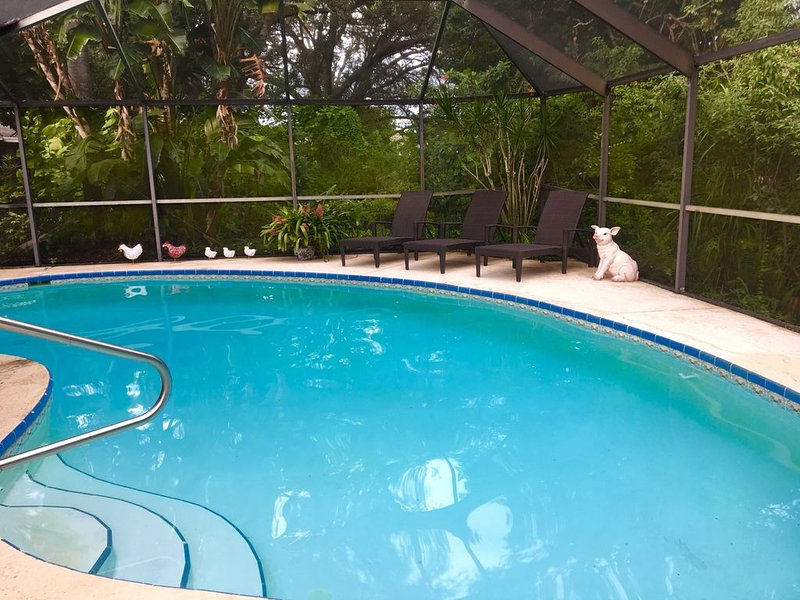 Peaceful Treasure Coast Retreat with 5 Star Amenities *****, location de vacances à Fort Pierce