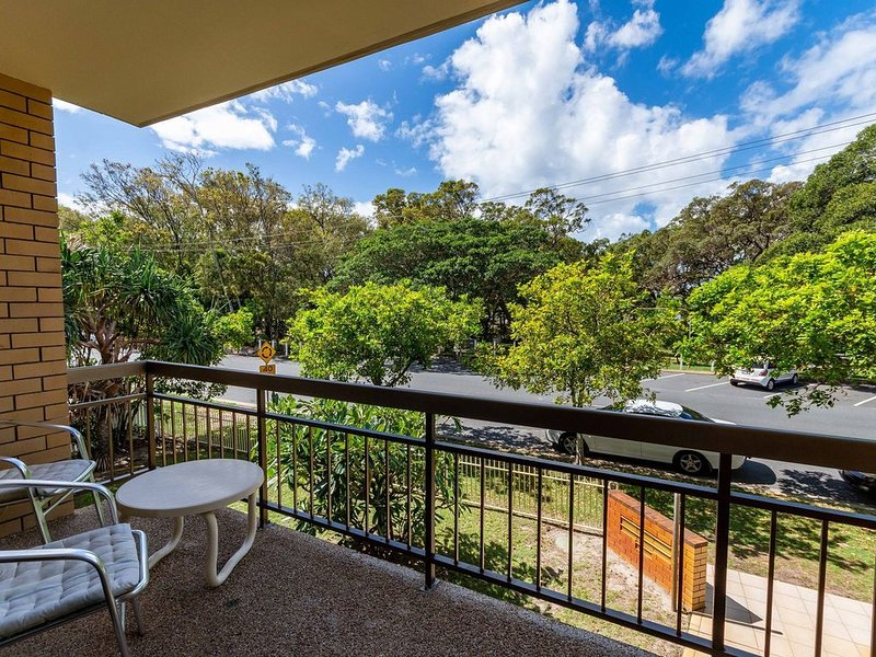 Walk to Surf Beach, Club and Shops - Sands Court Boyd St, Woorim, alquiler de vacaciones en Woorim
