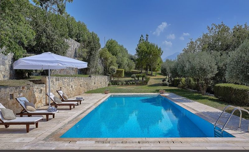 Luxury Crete Villa | Villa Malvazia | Beautiful 4 Bedroom Villa | Private Pool |, location de vacances à Tylissos