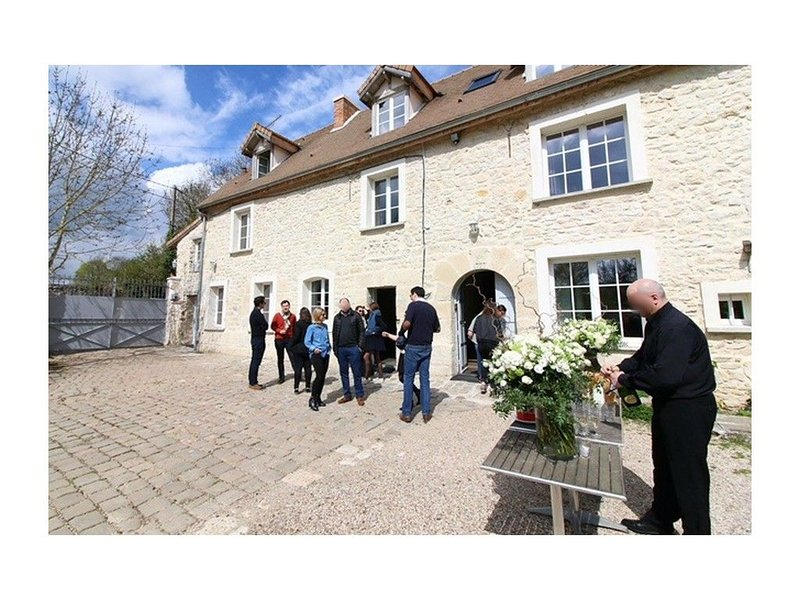 Séminaire, Mariage, Anniversaire, Reunion de famille, barbecue <40Pers - VILLA, holiday rental in Septeuil