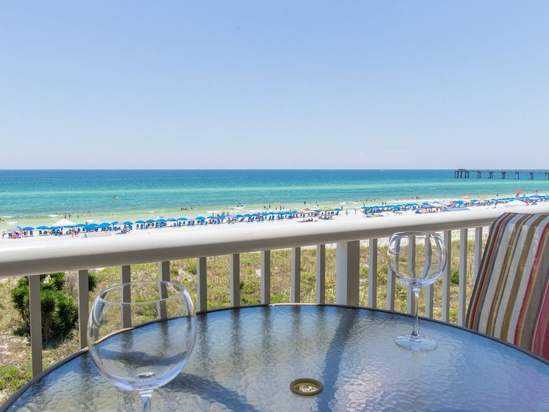 Gulfside 402 ~ True Luxury Beachfront at Destin West ~ Free Beach Service, holiday rental in Fort Walton Beach