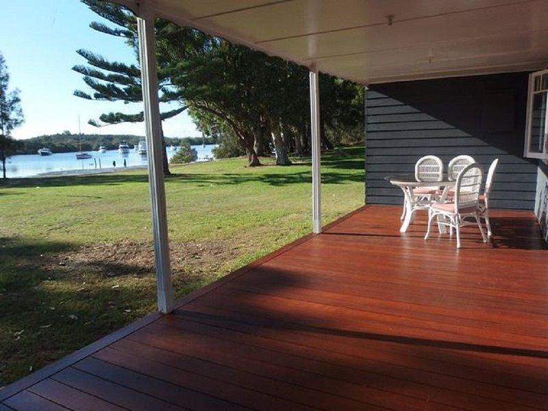 Koala Cottage Lemon Tree Passage, holiday rental in Port Stephens