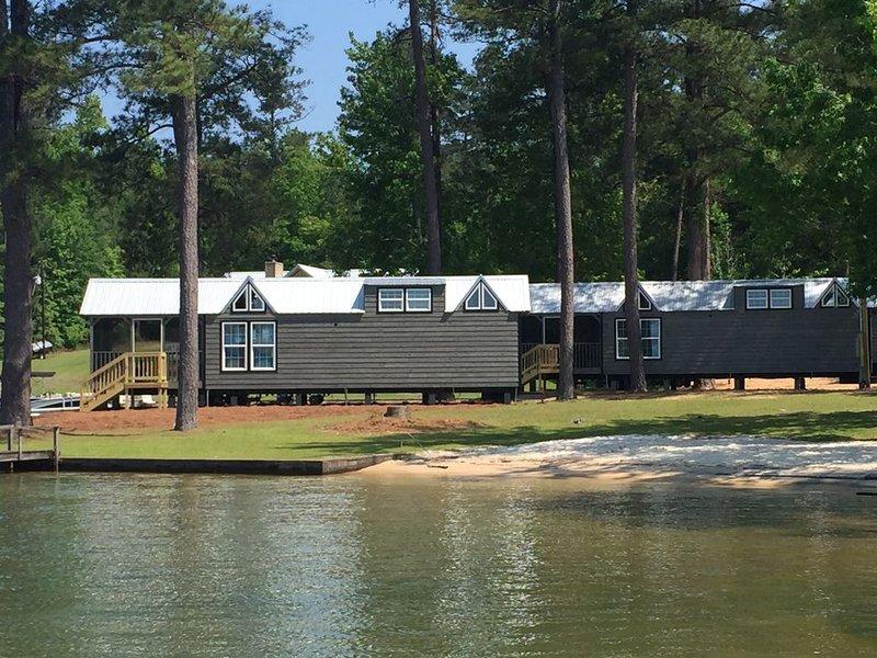 Join the Tiny Home Craze at beautiful Lake Martin, location de vacances à Alexander City