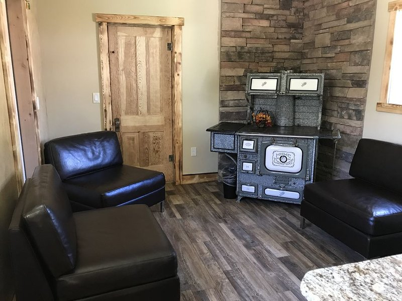 The Cowboy Boot Shop, holiday rental in Mount Carmel