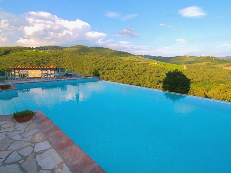 VIGNE DEL CHIANTI RESORT, holiday rental in Gaiole in Chianti