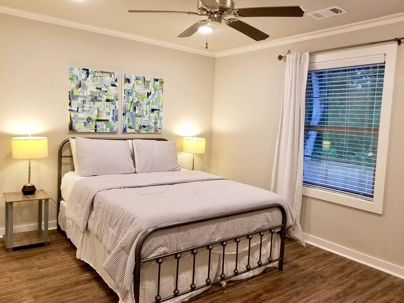 The Hare Suite | Luxurious Stay | Great Location, holiday rental in Auburn