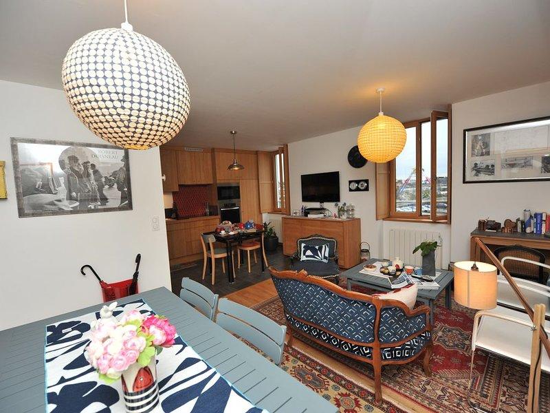 Trės bel appartement 70 M2 classé 4 étoiles, vue port et ville close avec garage, holiday rental in Concarneau