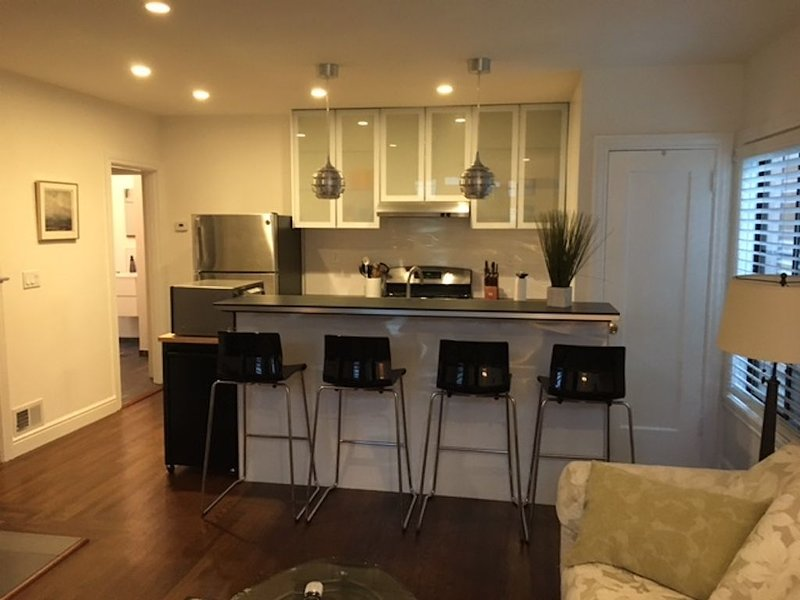 Remodeled 2BR in Downtown San Mateo, vacation rental in San Mateo