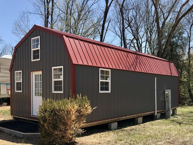 Beautiful Cabin Sleeps 8, aluguéis de temporada em Dixon
