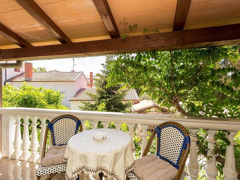 Studio-Ferienwohnung zum Sandstrand sind es 800 Meter mit Küche, Bad, Klima, Poo, vacation rental in Medulin