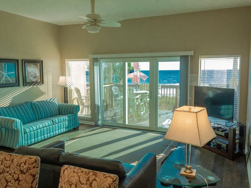 Beachside Townhomes  on the Beach with  Spectacular Sunsets, holiday rental in Panama City Beach