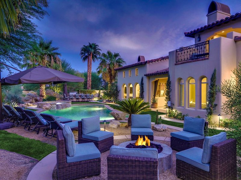 Cappella - Stylish PGA West Villa - Pool, Spa, Games + Golf Course Views, holiday rental in La Quinta