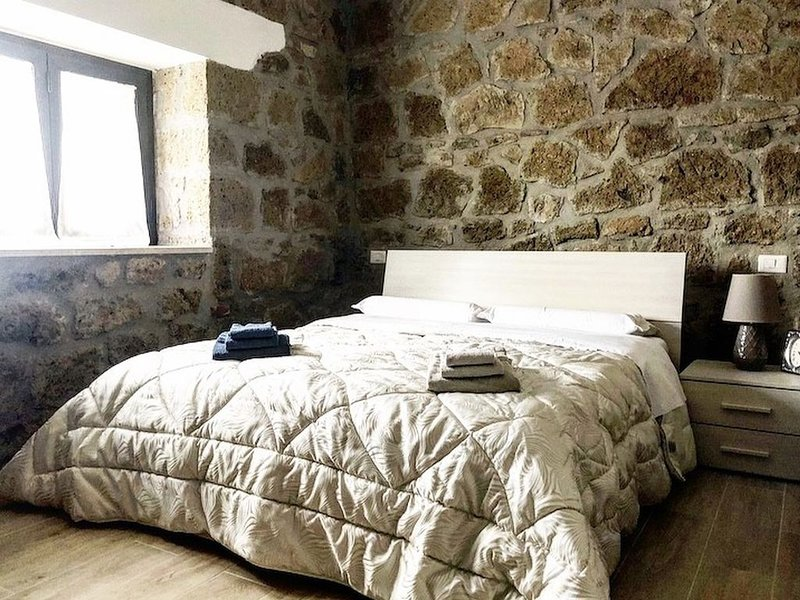La casa all'oliveto, vicino terme di saturnia, si animali,WI-FI,lavatrice,Nuovo!, casa vacanza a Pitigliano