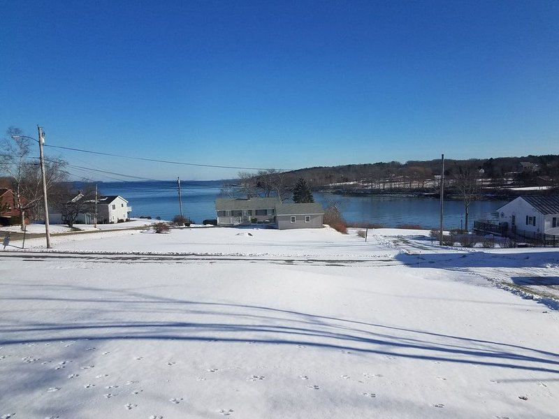 Comfortable, Close to Town Home, with Oceanview., vacation rental in South Thomaston