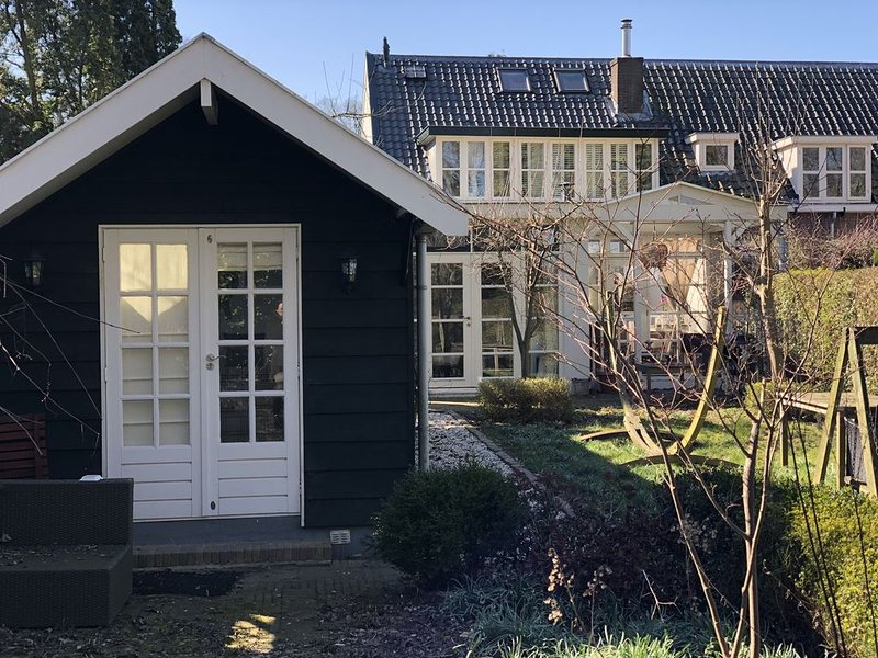 Tiny Cabin at the Village of Oz, vacation rental in Loosdrecht