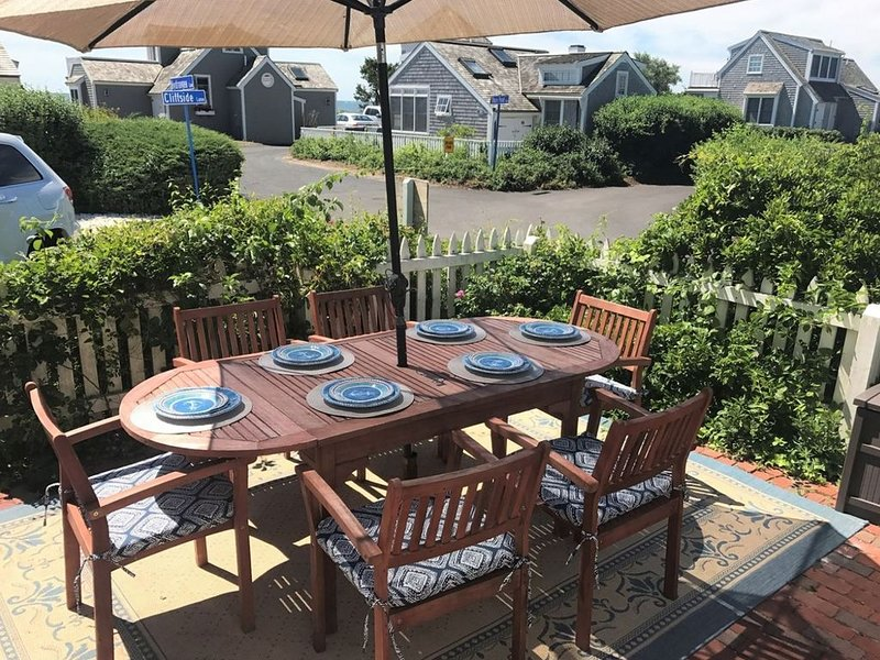 Maushop Condo  - Winter Getaway or Summer 2021 (just a few weeks left!), holiday rental in Mashpee