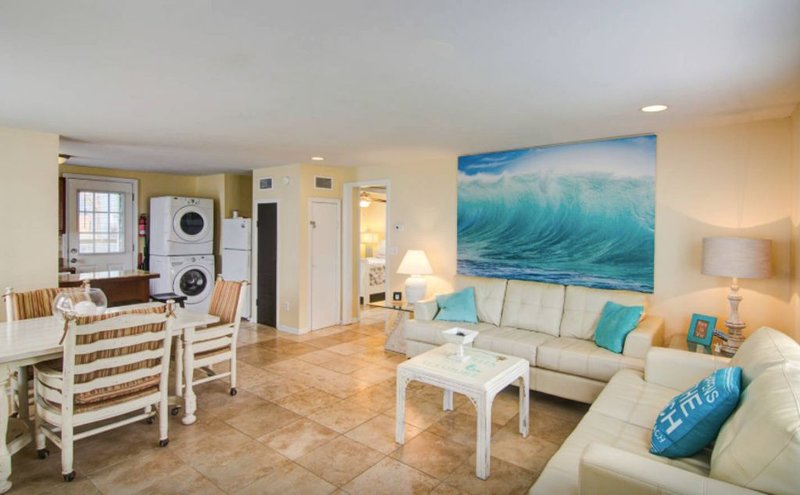 Make Waves And Come Out Of Your Shell! Steps To The Beach!, holiday rental in Jacksonville Beach