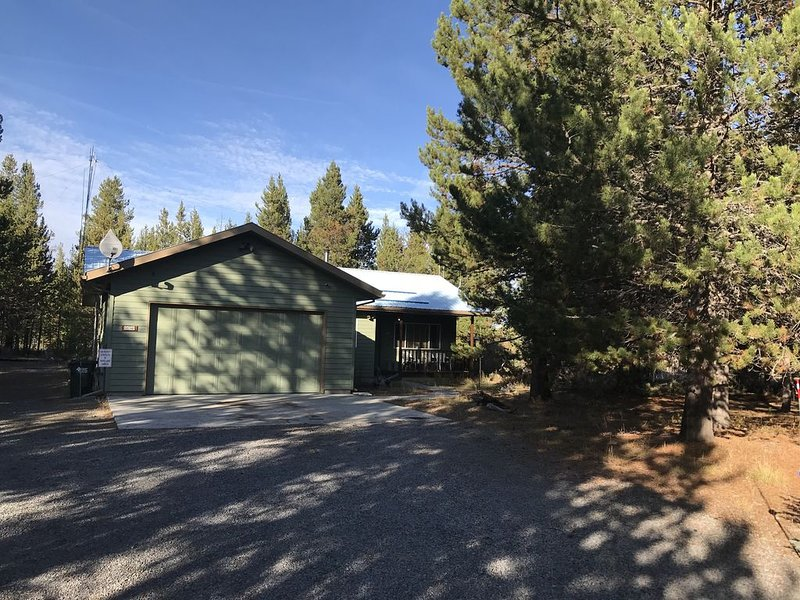 Charming Getaway in the Pines, holiday rental in La Pine