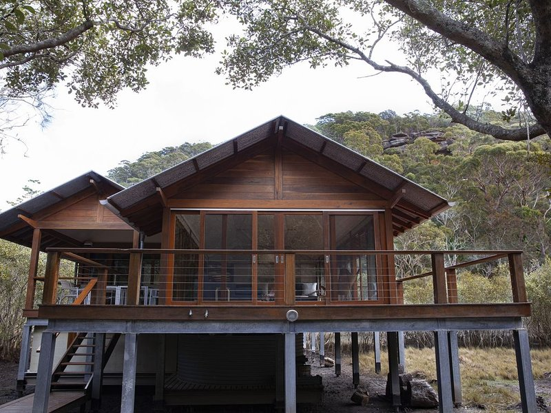 Luxury resort style home in pristine eco-environment, holiday rental in Great Mackerel Beach