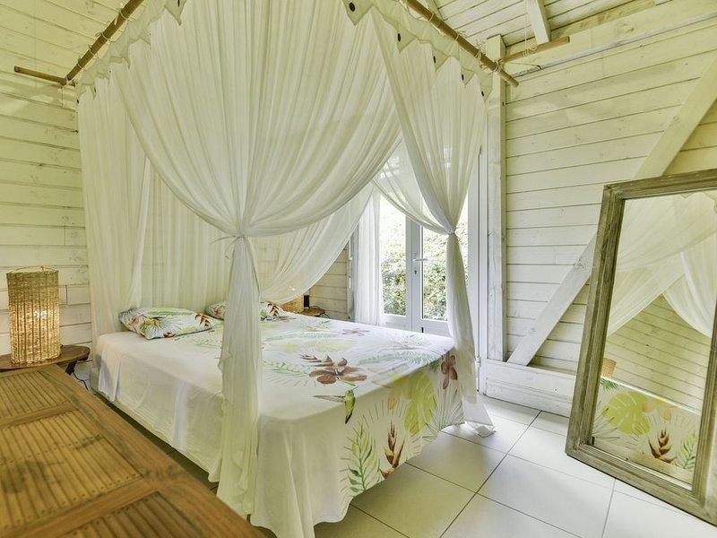 Villa-Coco: piscine, vue mer, tout confort, sur les hauts de Marie-Galante., holiday rental in Marie-Galante