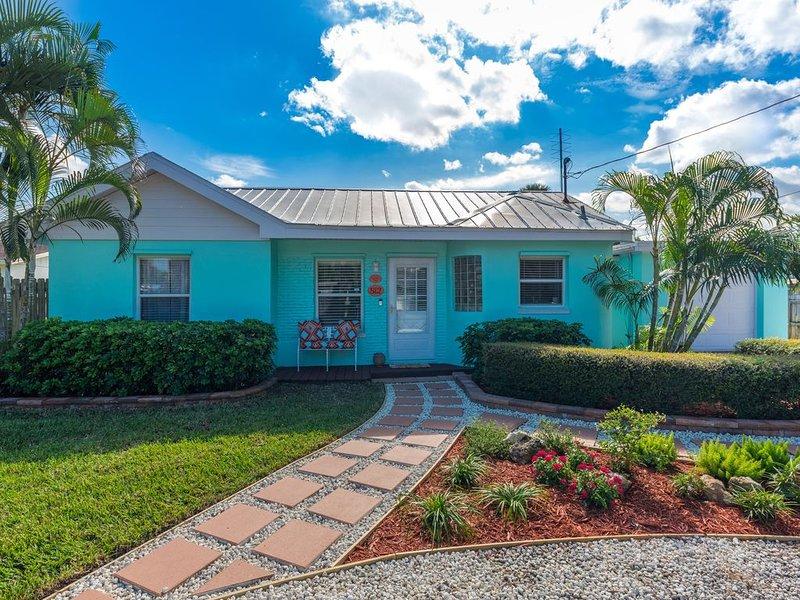 Coastal Karma Cottage - Near downtown Stuart, FL, holiday rental in Stuart