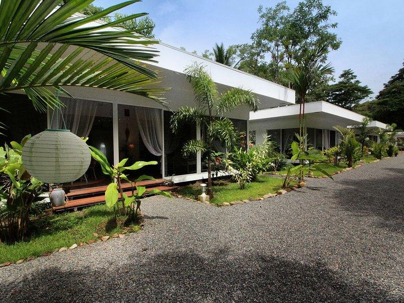 Casa Blanca Villas - Casa Azul, vacation rental in Coronado
