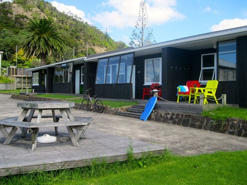 Flaxmill Bay Motel Unit 2 - Flaxmill Bay, holiday rental in Ferry Landing