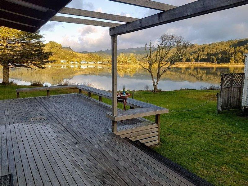 Estuary Escape - Tairua Bach, vacation rental in Tairua