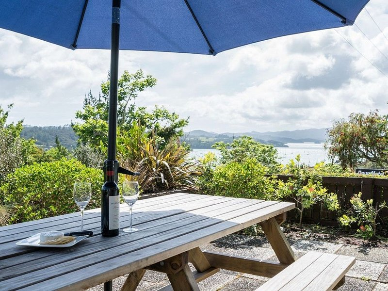 Blue Peter - Opua Holiday Home, holiday rental in Rawhiti