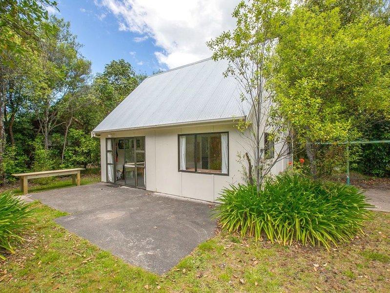 Pihanga Cottage - Kuratau Bach, location de vacances à Motuoapa