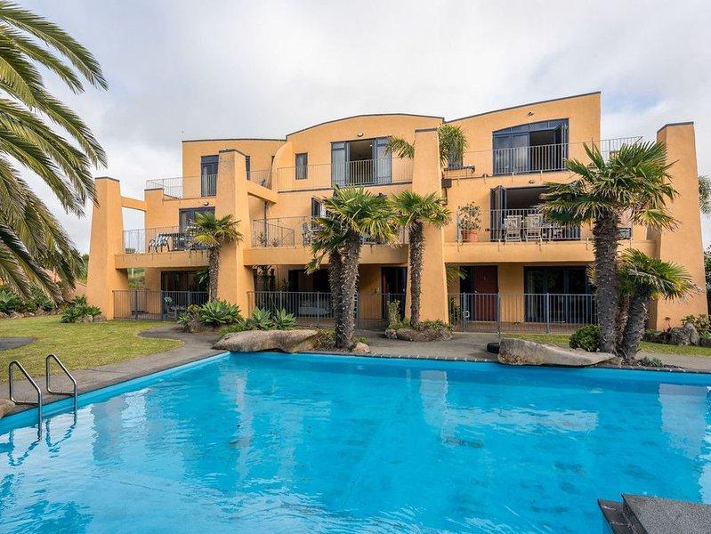 La Belle Maison - Ruakaka Holiday Apartment, holiday rental in Whangarei