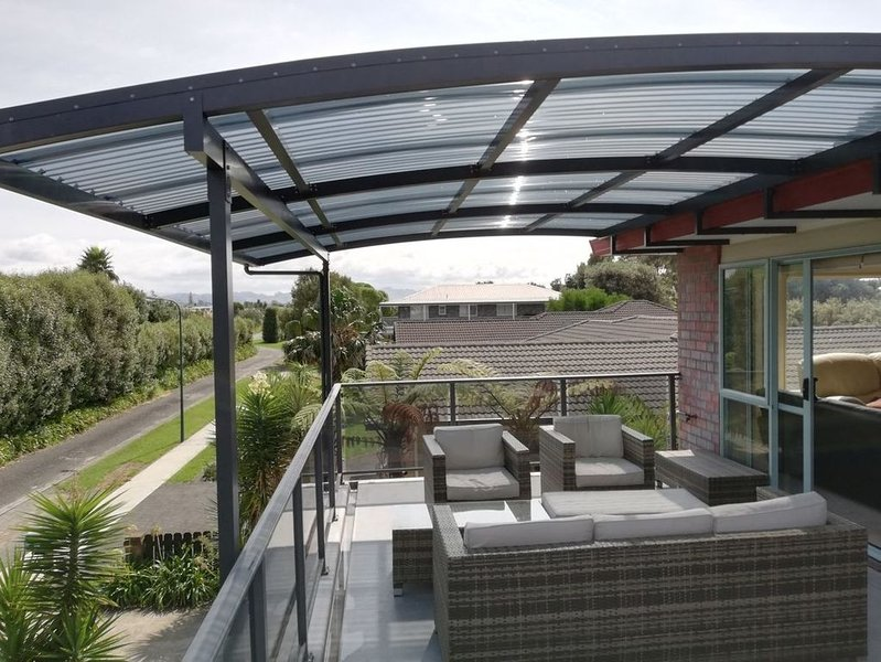 Tuis Nest - Bowentown Holiday Home, vacation rental in Te Aroha