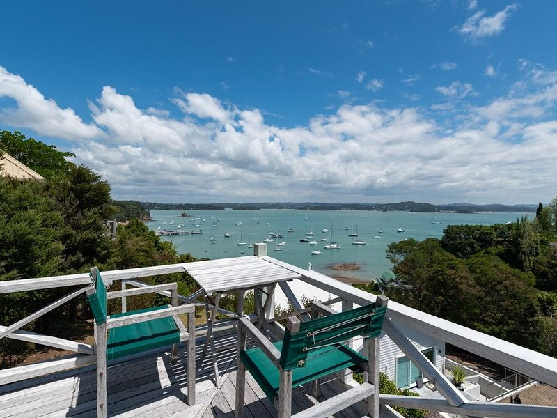 Te Maiki Escape - Russell Holiday Home, holiday rental in Rawhiti