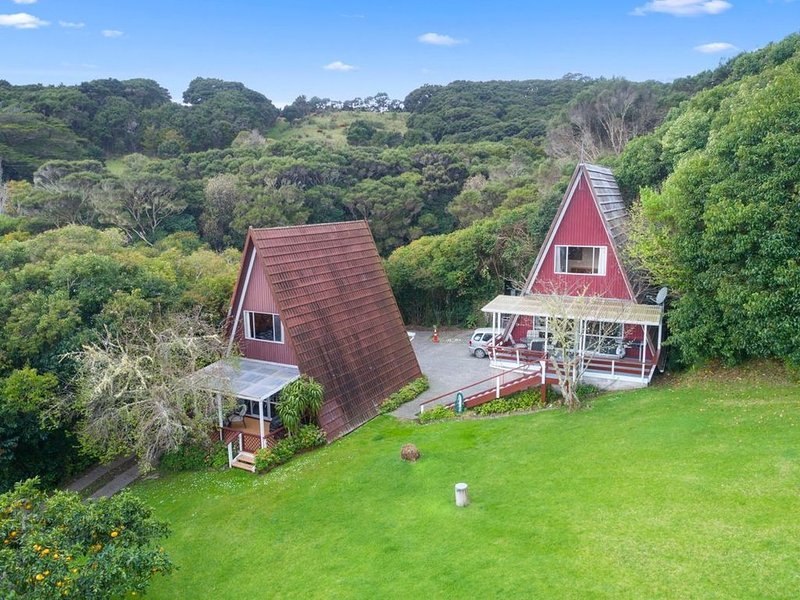 The Plum House Wairoro Park - Russell Holiday Home, holiday rental in Rawhiti