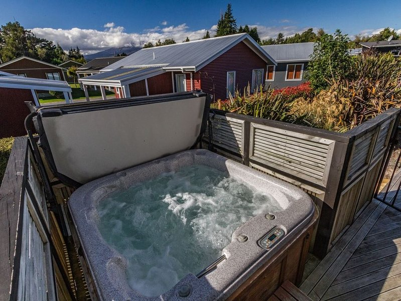 Snowmass Spa Escape - Ohakune Holiday Home, casa vacanza a Waiouru
