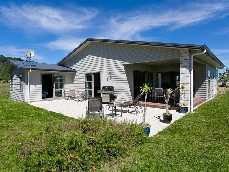 Casa Bella - Kinloch Holiday Home, holiday rental in Kinloch