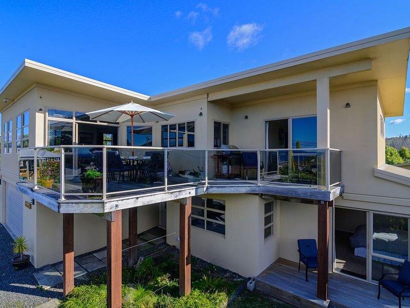 Kaimanawa Lookout - Omori Holiday Home, holiday rental in Turangi