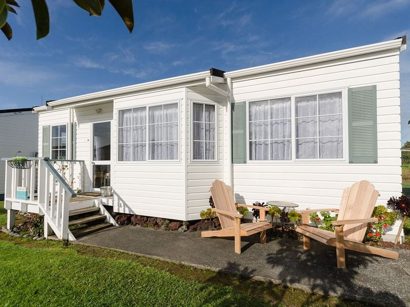 Sandy Toes Cottage - Paihia Cottage, location de vacances à Paihia