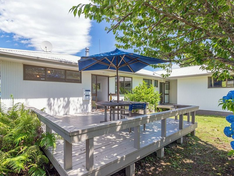 Omori Oasis - Lake Taupo Holiday Home, holiday rental in Turangi